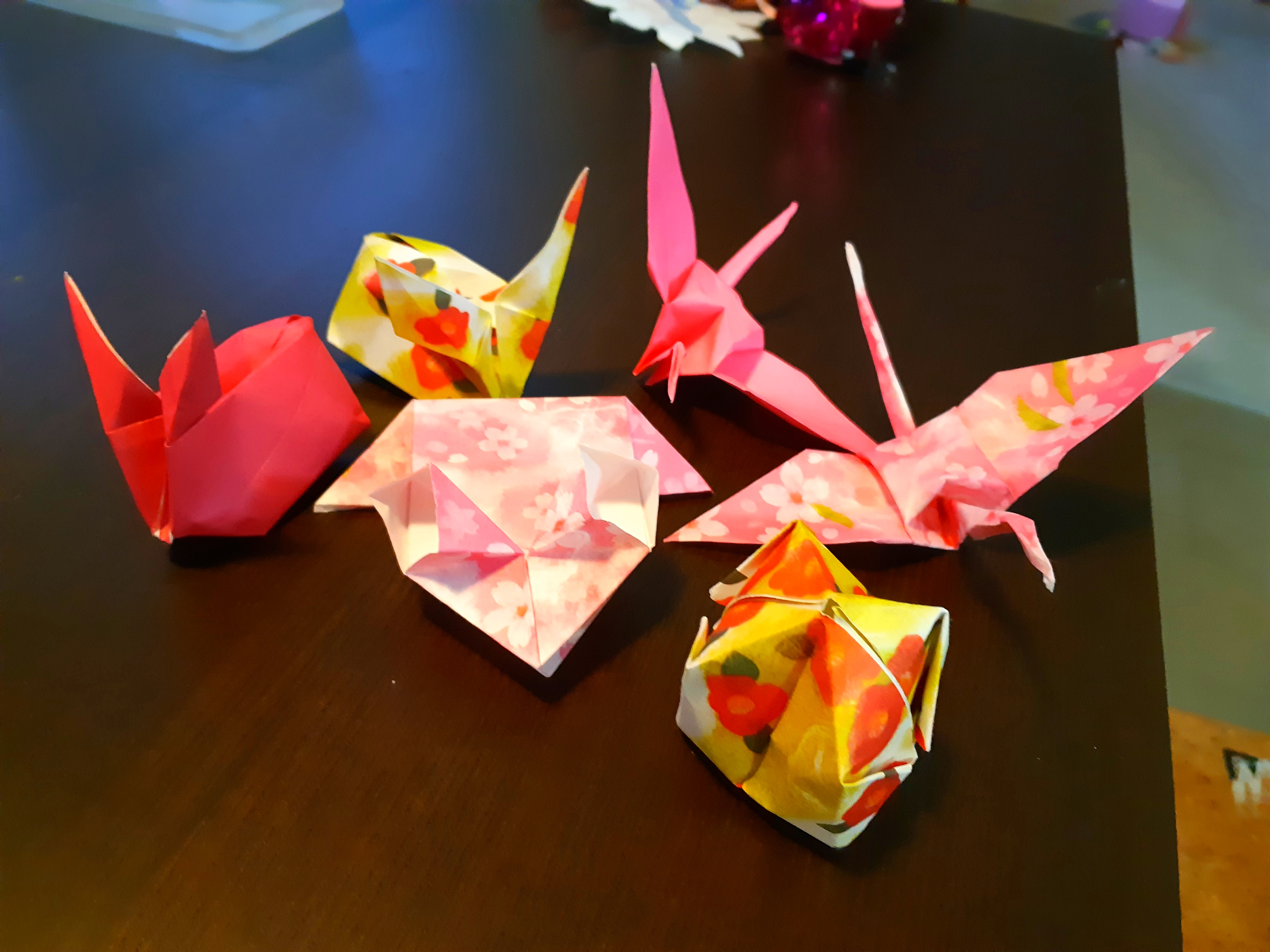 /uploaded_files/media/gallery/1598168723Origami taught by grandad in Taiwan via What'sApp Elmie B 1S.jpg